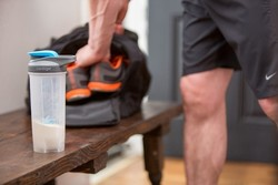 Contigo Shake&Go Fit Neon Pembe 0,82Lt Protein Karıştırıcı Mug - Thumbnail